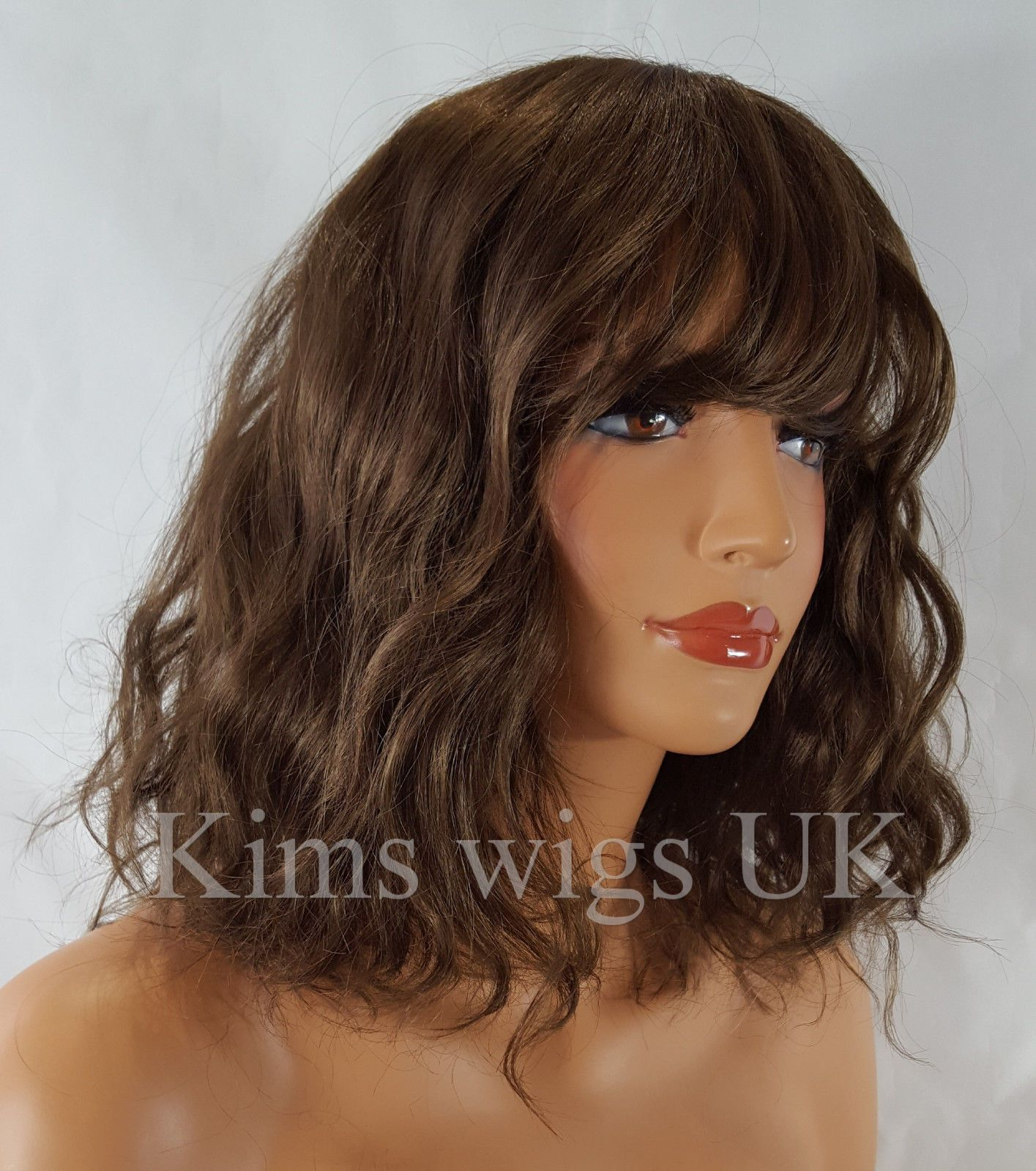 medium lengh hair styles amanda medium brown shoulder length wavy bob wig 1170